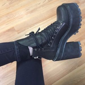 UNIF thrash leather lace up boot shoe